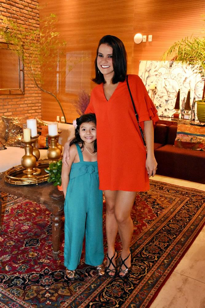 Andressa e Pietra - Foto 75