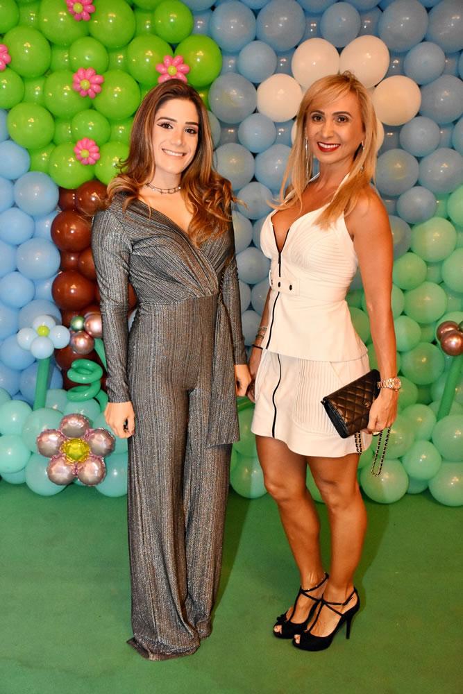 Andressa e Pietra - Foto 24
