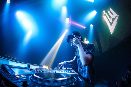 DJ Liu na Moon (1)