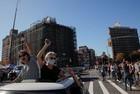 Apoiadores de Biden fazem festa com resultado anunciado pela imprensa - Imagem 3