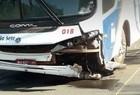 Homem morre e outro fica ferido em colisão de moto e ônibus no Piauí - Imagem 3