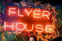 Flyer House: a gigante voltou! (2)