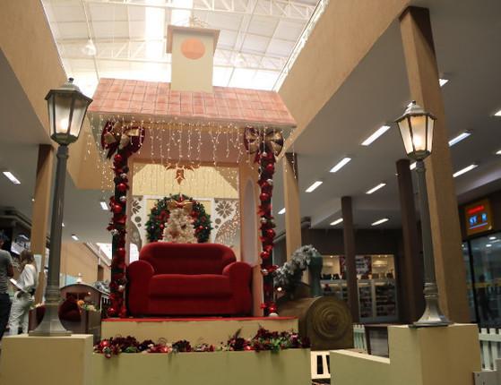 Cocais Shopping homenageia Vila das Flores em decoração de natal