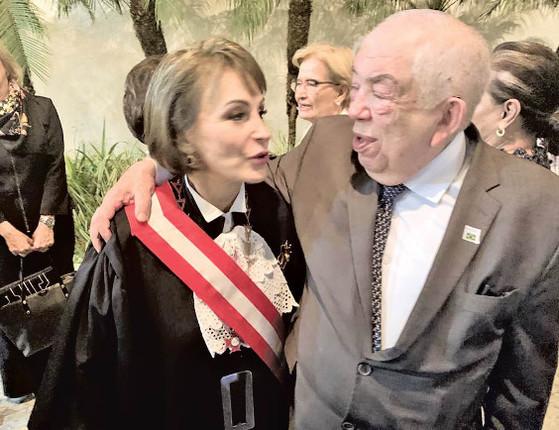 1ª mulher a comandar TST tem posse prestigiada por piauienses