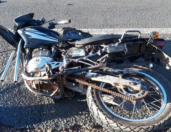 PI: Empresário em moto sobrevive após colisão com caminhão em via
