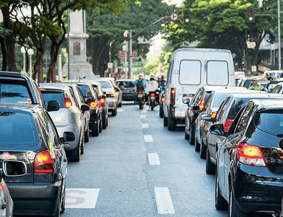 Firmino anuncia rodízio de carros na região do Centro de Teresina