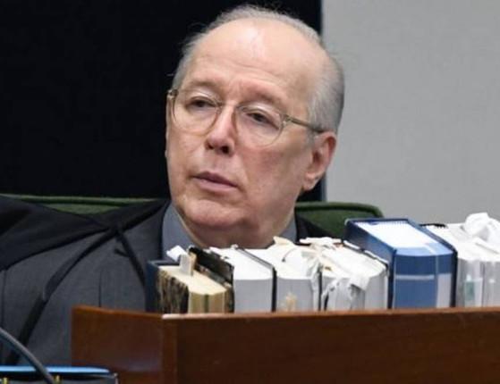 Celso de Mello rejeita pedido para apreender celular de Bolsonaro