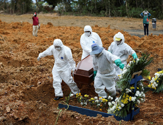 Brasil tem 620 mortes por covid-19 em 24 horas e ultrapassa 65 mil