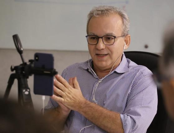 Firmino Filho critica aglomeração no centro da capital após retomada