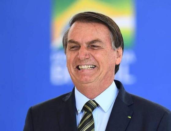 Jair Bolsonaro tem sintomas da covid e cancela sua viagem ao PI