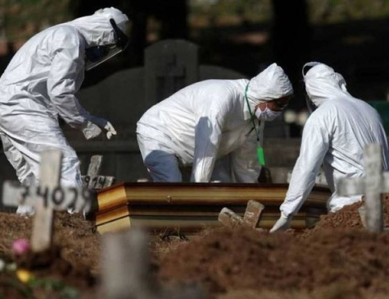 Covid: Brasil registra 363 mortes em 24 horas e ultrapassa 136 mil