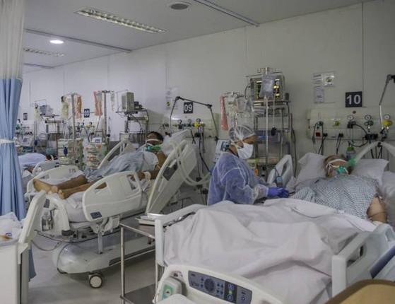 Brasil tem 869 mortes por Covid-19 em 24 horas e ultrapassa 141 mil