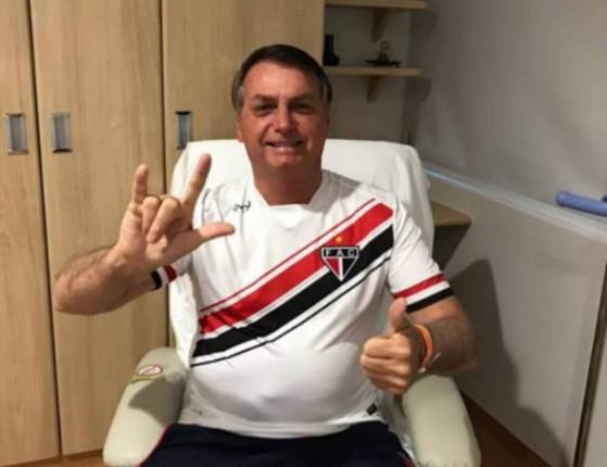 "Jair Bolsonaro retira sonda e ""tem ótima evolução"", informa boletim"