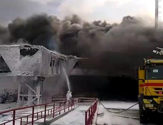 São Luís: Incêndio atinge ponte de embarque de aeroporto; veja vídeo
