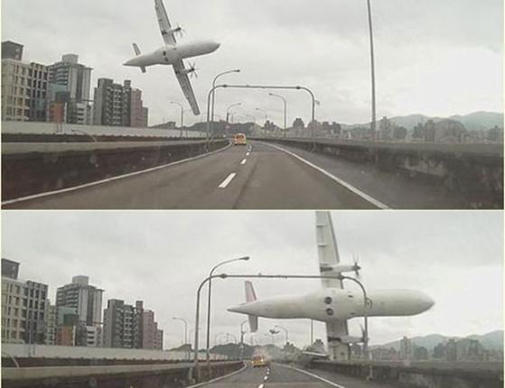 Avião bate em ponte, cai em rio, e mata 43 dos seus 58 ocupantes