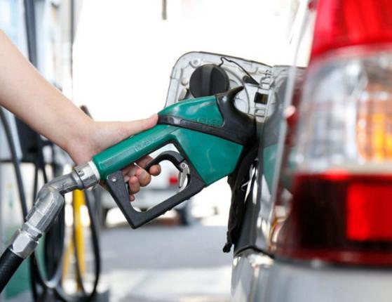 Governo aumenta imposto sobre banco para zerar tributo de diesel