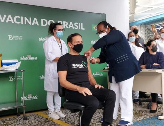 João Doria toma  primeira dose da  CoronaVac contra Covid-19, em SP
