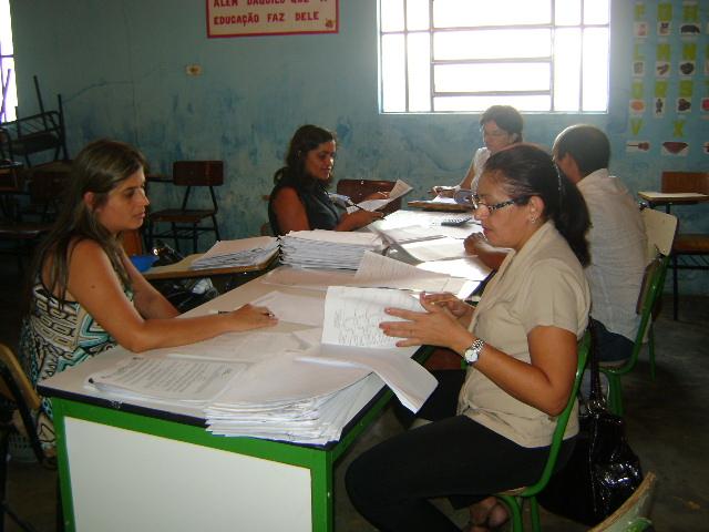 Professores Municipais fazem Recadastramento em Valença