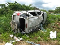 Grave acidente na BR 135 no primeiro dia do ano.