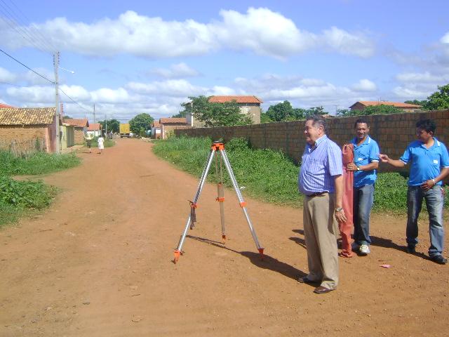 Calçamentos de Ruas são Prioridades para 2010 em Valença do Piauí