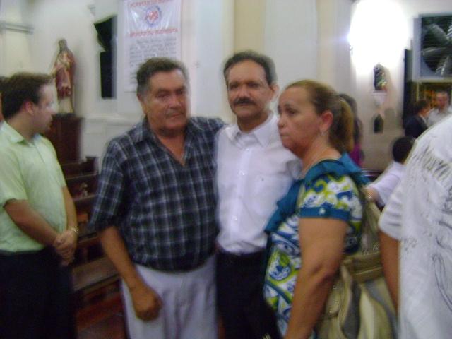 Prefeito Alcântara participa da missa de sétimo dia da mãe do deputado Wilson Brandão.