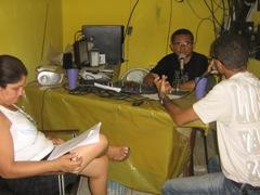 Diretoria de Sindicato da Educação vai a Rádio FM explicar a comunidade sobre decisão tomada em Assembléia