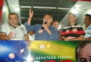 Prefeito Alcântara recebe deputados eleitos em Valença.