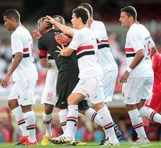 São Paulo chega à sexta goleada em 2010