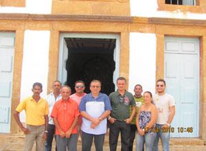 Prefeito de Monsenhor Gil-Pi José Noronha e comitiva visitam projeto de uvas em São João do Piauí
