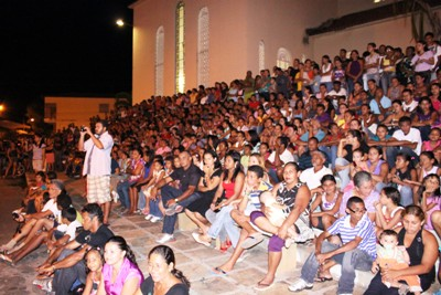 Espetáculo da Paixão de cristo encantou multidão