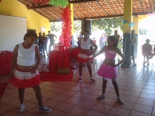 UEM Antonio Gramoza: um dia de festa dedicado às mães