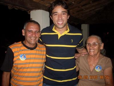 Marden Menezes recebe abraço de lideranças no interior do estado.