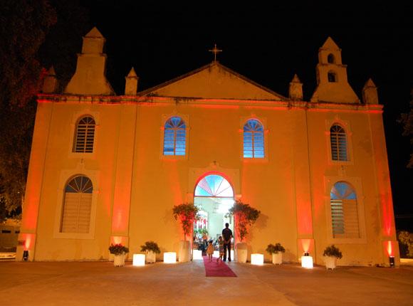 Pe. Fábio Fernandes promove campanha de arrecadação de fundos para reforma da Igreja