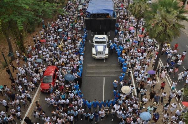5 mil pessoas participam de procissão da 5ª Festa da Mãe de Deus  - Imagem 8
