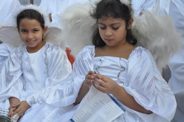 5 mil pessoas participam de procissão da 5ª Festa da Mãe de Deus  - Imagem 4