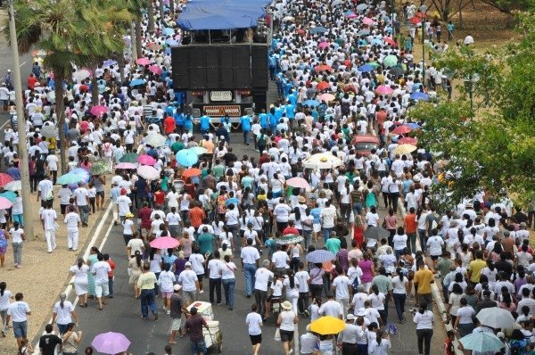 5 mil pessoas participam de procissão da 5ª Festa da Mãe de Deus  - Imagem 7