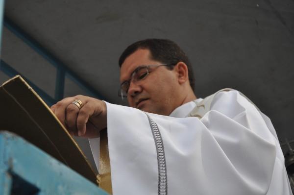 5 mil pessoas participam de procissão da 5ª Festa da Mãe de Deus  - Imagem 9