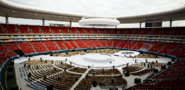 Globo ignora abertura do Pan, e guerra com a Record repercute