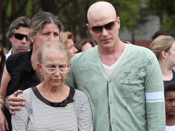 Pai de Reynaldo Gianecchini é sepultado em São Paulo