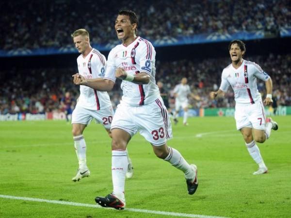 Zagueiro Thiago Silva recusa proposta do Barcelona