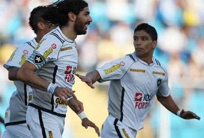 Avaí garante vitória no final e afasta Botafogo da ponta
