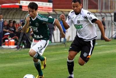 Figueirense bate Palmeiras por 2 a 1 e sonha com G-4