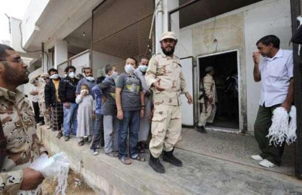 Líbia promete eleições em até oito meses; premiê vai renunciar