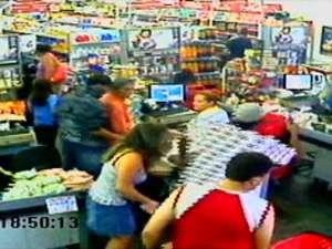 Cliente de supermercado reage a assalto e é morto em Franca, SP