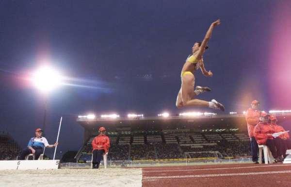Maurren briga pelo tri do salto em distância nesta quarta, em Guadalajara