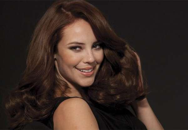 Paola Oliveira estrela campanha de produto de beleza