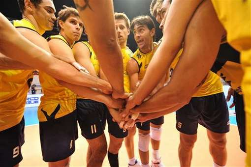 Diante de Cuba, seleção de vôlei quer evitar