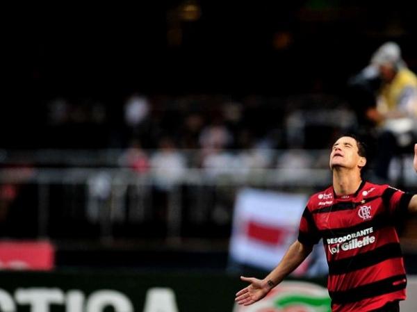 Apesar das dores, Thiago Neves e Júnior César enfrentam o Flu