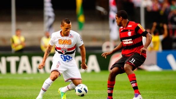 Luís Fabiano garante presença em jogo contra o Cruzeiro