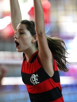 Xuxa vai ao Paraná apoiar Sasha após time da filha sofrer derrota